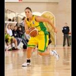 Cristina Oubiña sube el balón