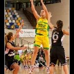 Ines Kresovic en suspensión